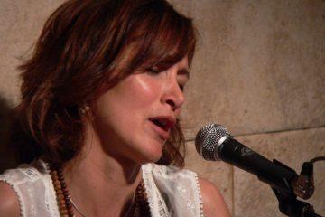 Claudia Leyva | mantras